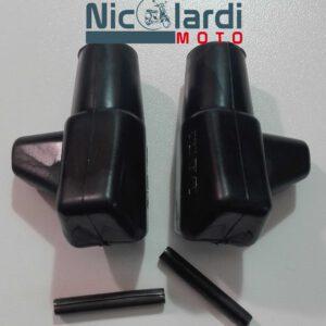 Coppia piedini in gomma con spine Lambretta 125-150-175-200cc